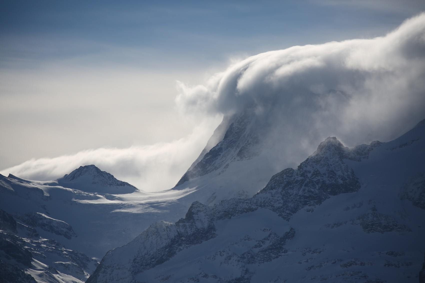 A picture of a cloud-covered mountain in Grindelwald, Switzerland, in 2015